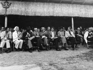 Aukcja w Janowie – od lewej: Reno Alessio, Kay&Richard Patterson, Dr. Leonard & Jean Skeggs, Dr. Gene & Mary Jean LaCroix, Mike Nichols (arch. Patterson Arabians)
