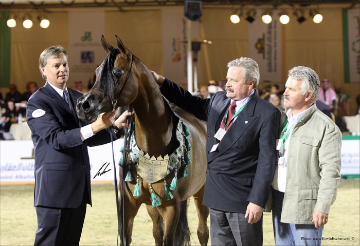 Pianissima at the Al Khalediah show. Marek Trela with George Z and Greg Gallun. By Erwin Escher