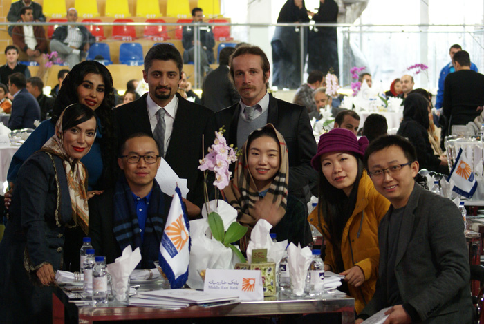 Fariborz Vadipoor with the representants of the Embassy of China. By Mateusz Jaworski