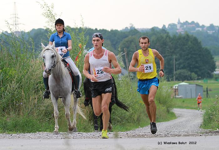 Konie kontra biegacze w Klikowej – po raz pierwszy w Polsce!