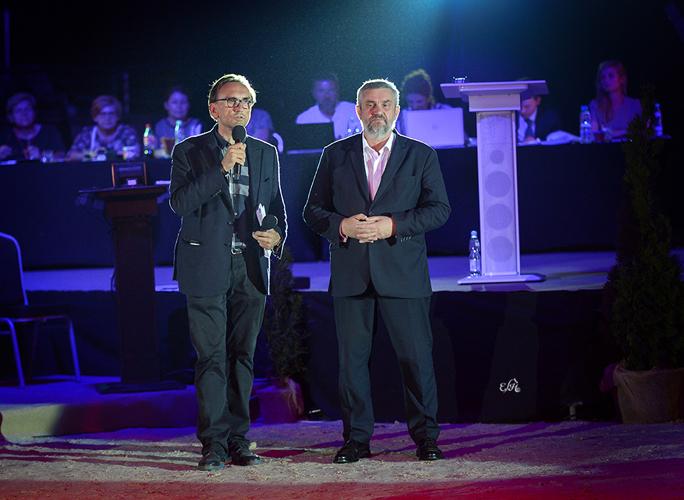 Prezes PKWK, a zarazem organizator imprezy Tomasz Chalimoniuk (z lewej) i minister rolnictwa Jan Krzysztof Ardanowski, fot. Ewa Imielska-Hebda