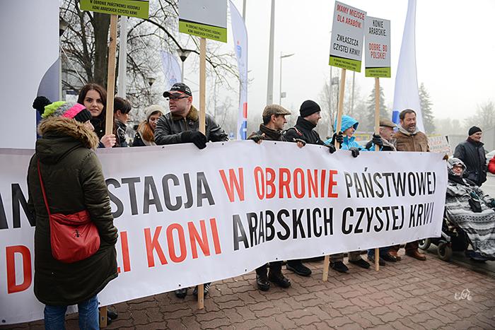 The demonstration by the Torwar arena, by Ewa Imielska-Hebda