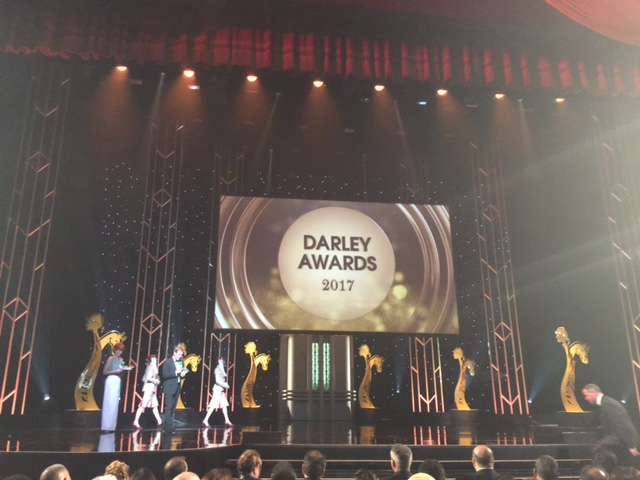 Dorota Kałuba z nagrodą Darley 2016 za całokształt osiągnięć