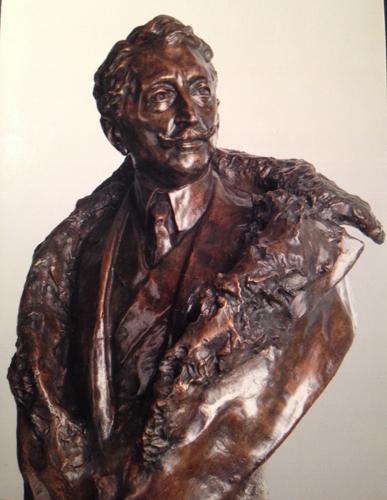 Hrabia Józef Potocki z Antonin (1862-1922). Rzeźba dłuta Jana Biernackiego (1911). Ze zbiorów Marka Potockiego