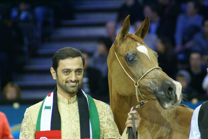 Kwestura with her owner, Sheikh Ammar Bin Humaid Al-Nuaimi, Crown Prince of Ajman. By Krzysztof Dużyński
