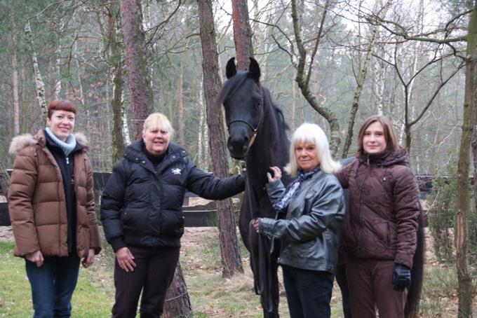 From the left: Urszula Łęczycka (the author of the text), Suzanne O'Rourke, Wendy Carr, Alicja Napióra by Anna Gos