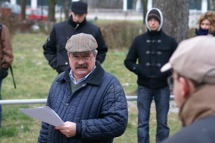 Dyr. Marek Trela podczas przetargu, fot. Krzysztof Dużyński