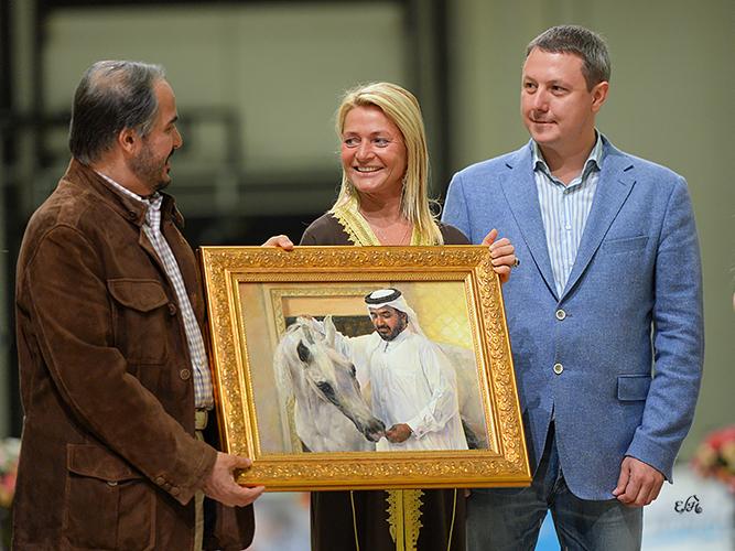 Sheikh Abdullah Bin Mohammed Al Thani gifted with the portrait of Palestra. By Ewa Imielska-Hebda