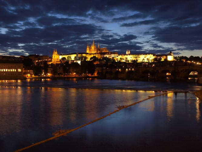 Mroźna Praga nocą, fot. Zuzana Slavikova