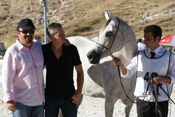 Cyrea E.A. (srebro klaczy starszych), Albert Sorroca i Ted Carson (USA), fot. Monika Luft