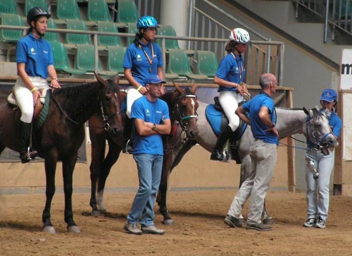 Italian crew. Abisyńczyk first from the right, by Maciej Kacprzyk