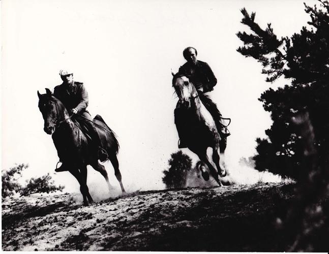 Galop nad Bugiem: Tomasz Skotnicki i Marek Grzybowski, lata 70. Fot. Marian Gadzalski