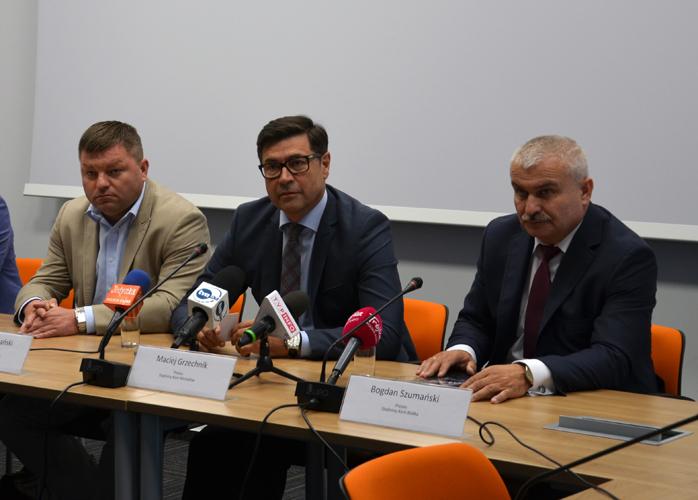 Od lewej: Grzegorz Czochański (SK Janów Podlaski), Maciej Grzechnik (SK Michałów) i Bogdan Szumański (Małopolska Hodowla Roślin), fot. KOWR