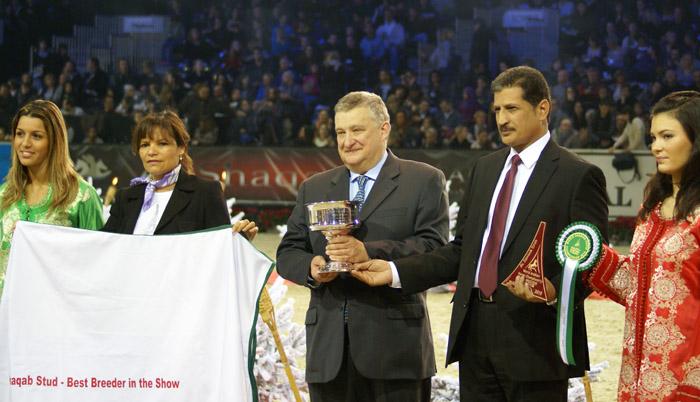 Jerzy Białobok (Michałów Stud) with the trophy for the Best Breeder. By Krzysztof Dużyński