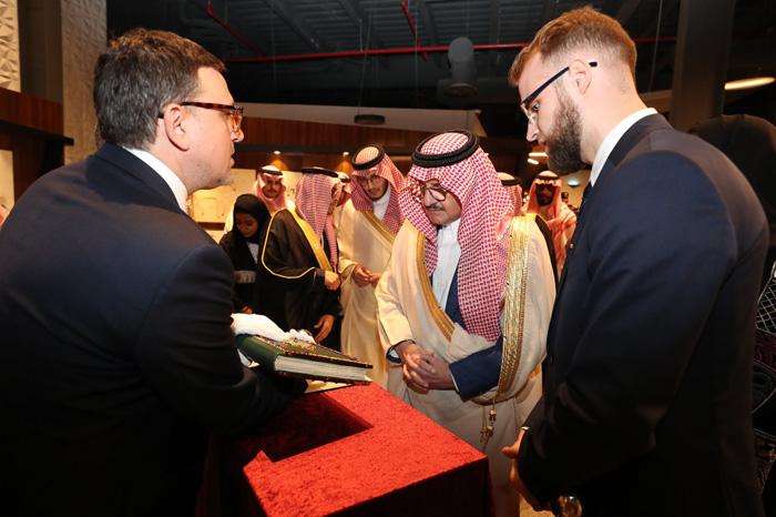 Manuskrypt Rzewuskiego w Arabii oraz relacja z Asharqia Arabian Horse Festival 2019 w dziale Pokazy