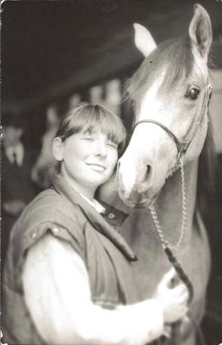 Ewa Szadyn z Perforacją, której narodzin była świadkiem. Zdjęcie z roku '87 (Janów Podlaski). Fot. z archiwum Ewy Szadyn