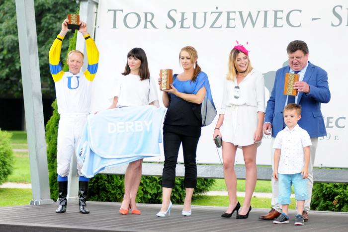 Janusz Ryżkowski i jego team, fot. Zuzanna Zajbt