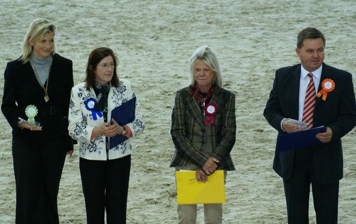 Sędziowie: Claudia Darius, Katrina Murray, Ingalil Martensson i Władysław Guziuk, fot. Krzysztof Dużyński