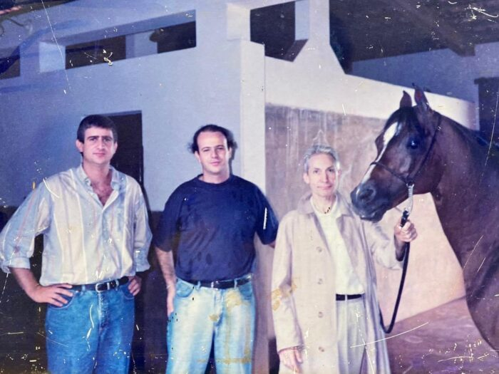Ricardo Saliba, Paulo Saliba and Charlie Watts with the stallion Polonez (Etap - Parma by Aswan) 1980, bred in Janów Podlaski Stud. Charlie Watts has been visiting the farm of Saliba Family (Brazil) during the first tourne of the The Rolling Stones in South America, by archive