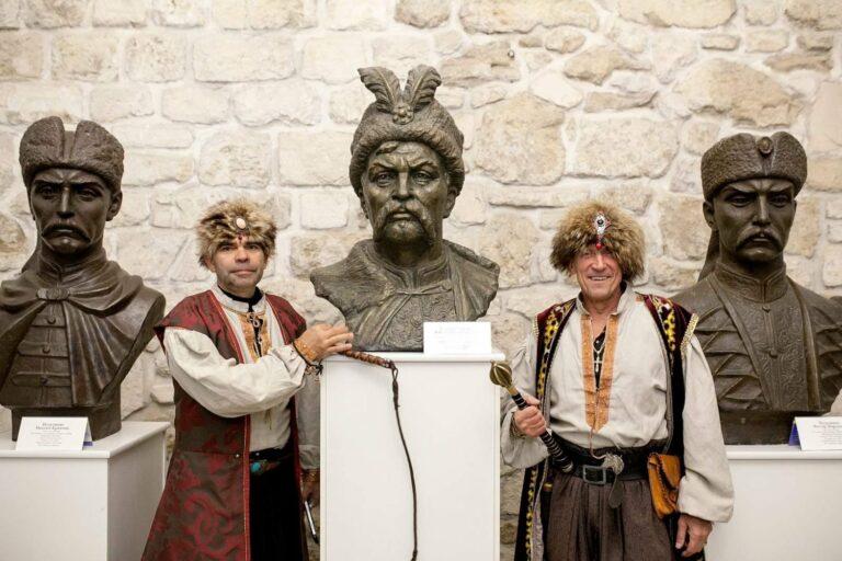 Ataman i Pułkownik przy Bohunie na zamku w Zbarażu, fot. archiwum autora